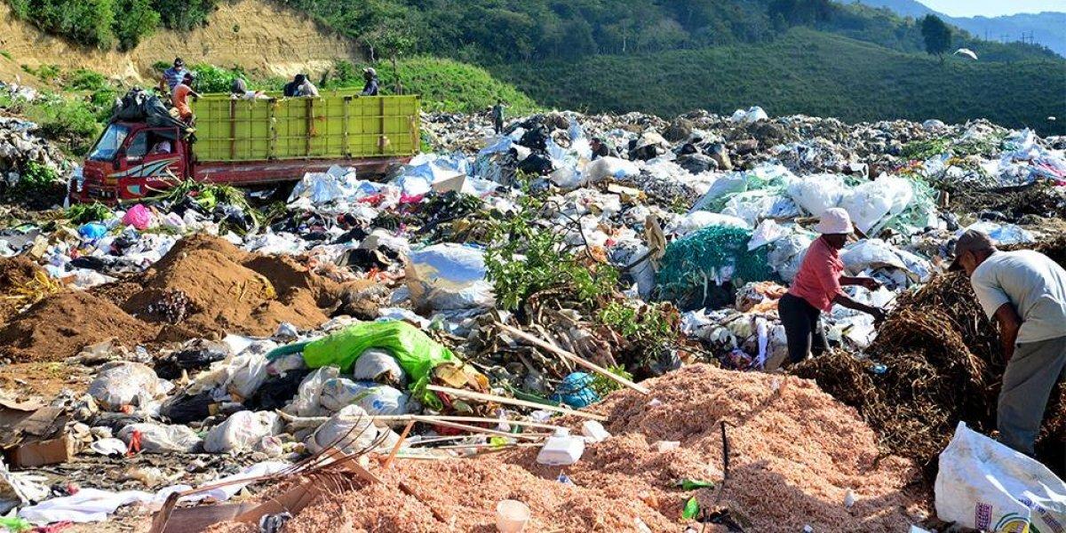 Medio Ambiente asume control total de vertedero de Tamboril en Santiago