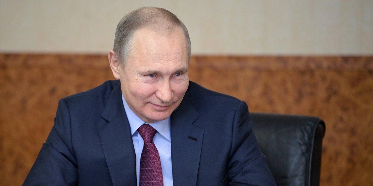 Vladimir Putin lidera las elecciones en Rusia según los primeros sondeos