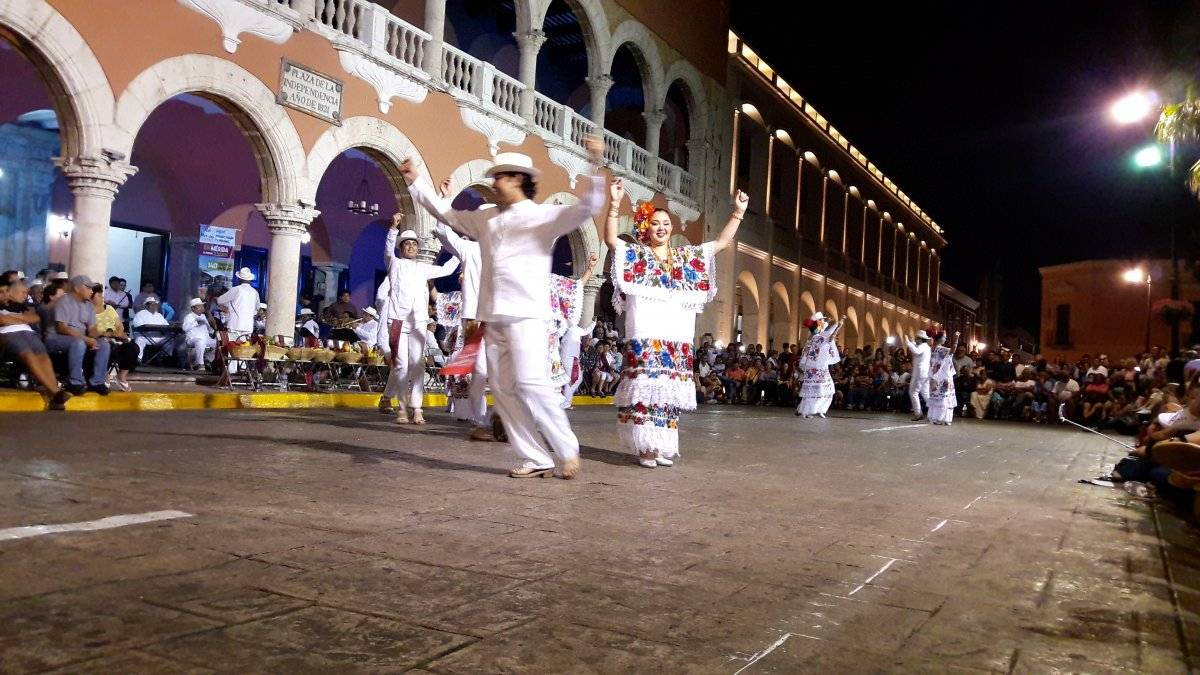 Ahora las noches de Mérida pintan de otro color