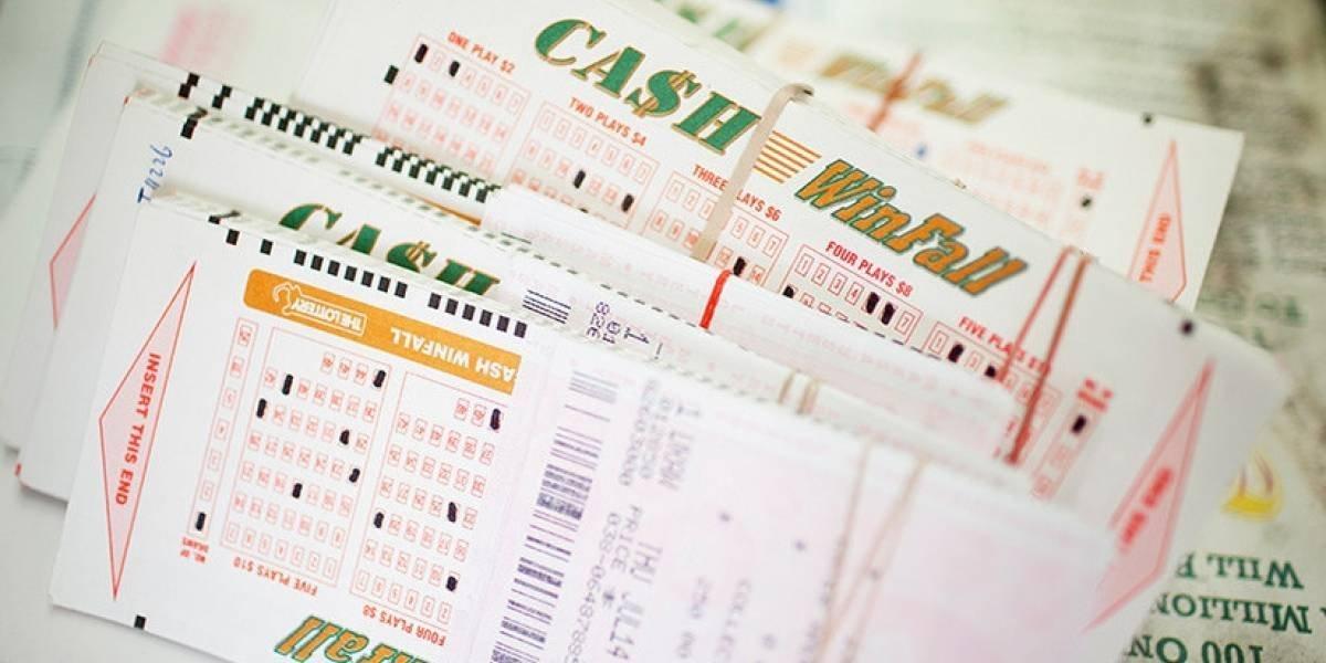 Hombre terminó suicidándose al perder los boletos ganadores de la lotería