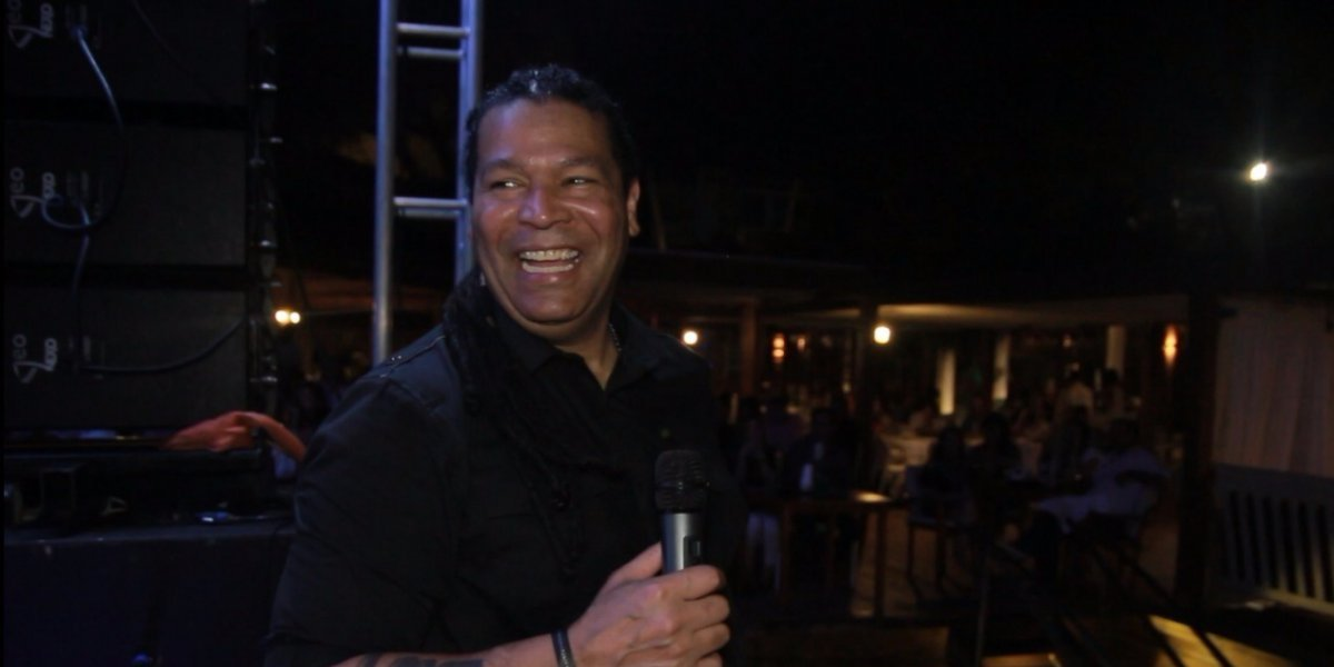 Amaury Gutiérrez realizó concierto íntimo en RD