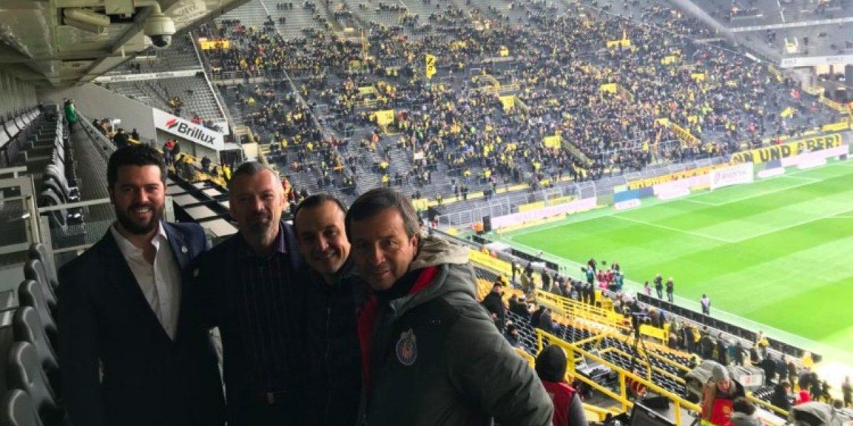 Chivas crea conexiones con el Borussia Dortmund y así lo presume