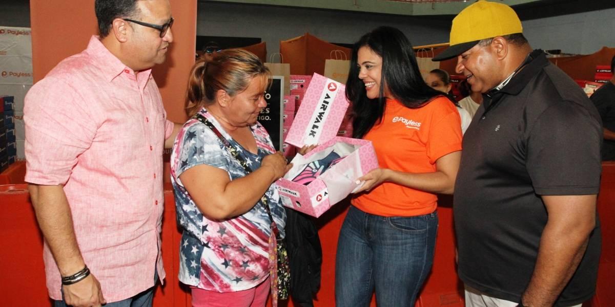 Donan 3,000 pares de zapatos a familias afectadas por huracán