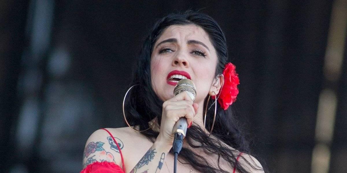 El descargo de Mon Laferte tras críticas por cover de Dua Lipa en Coachella