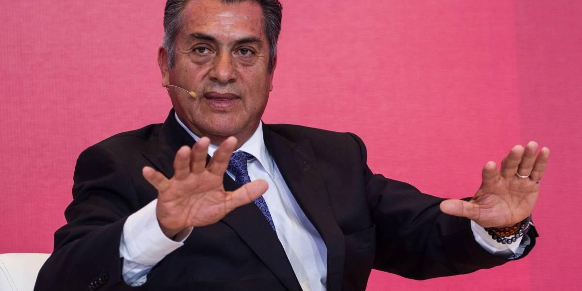 'El Bronco' se registra ante el INE como candidato presidencial