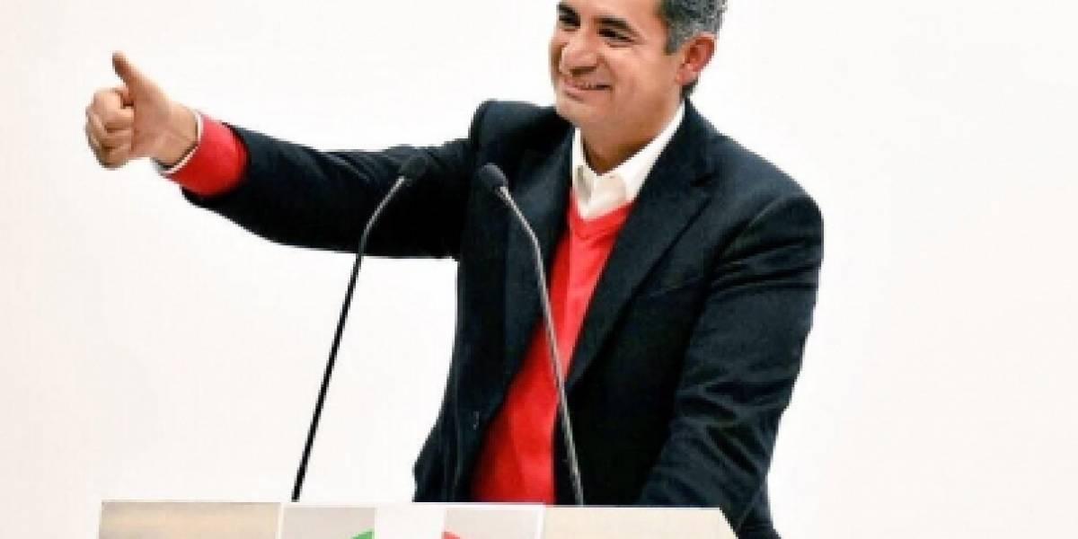 PRI entrega al INE lista de candidatos plurinominales al Congreso