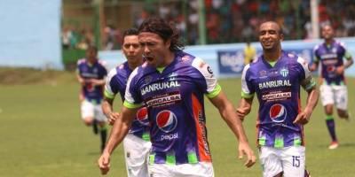 Gol de Antigua contra Siquinalá