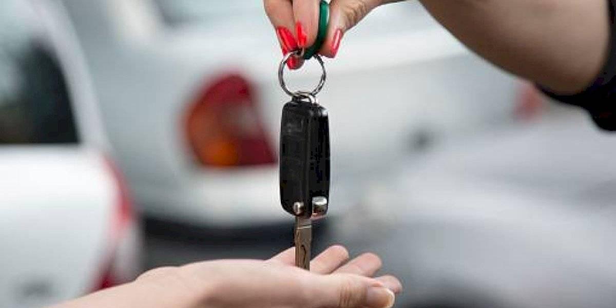 Ventas de autos bajan más de 18 por ciento en enero por terremotos