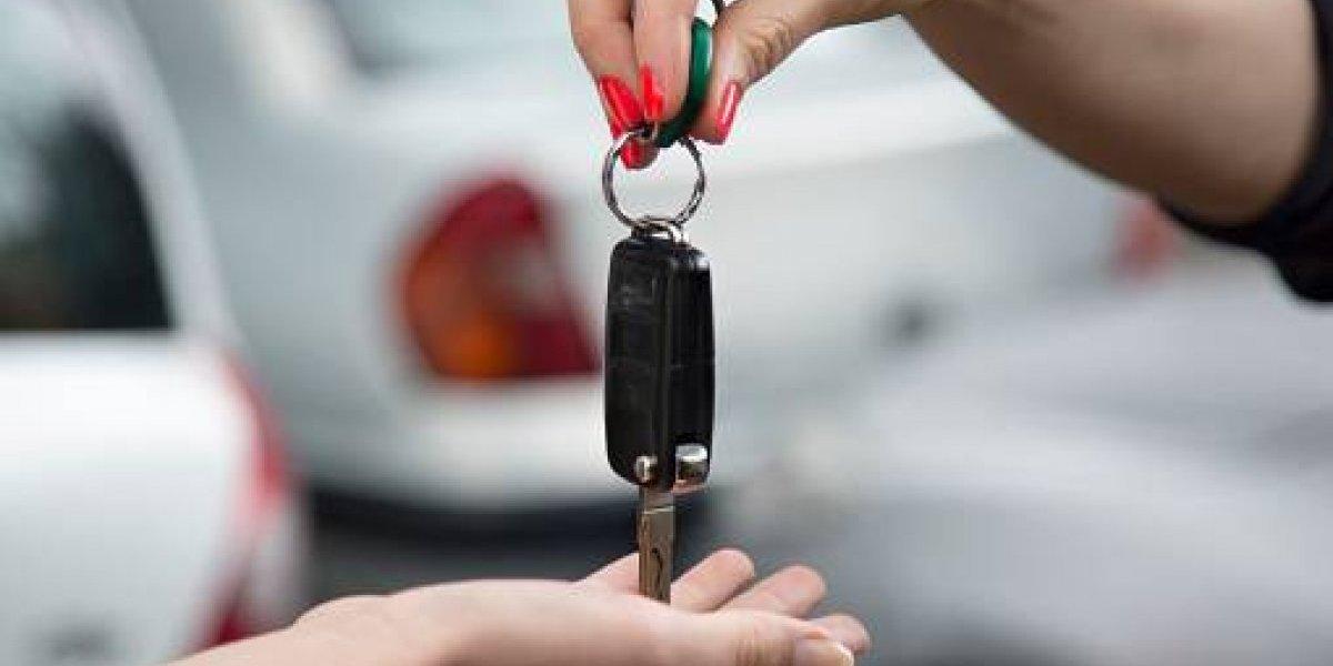Ventas de autos aumentan un 37 por ciento en abril