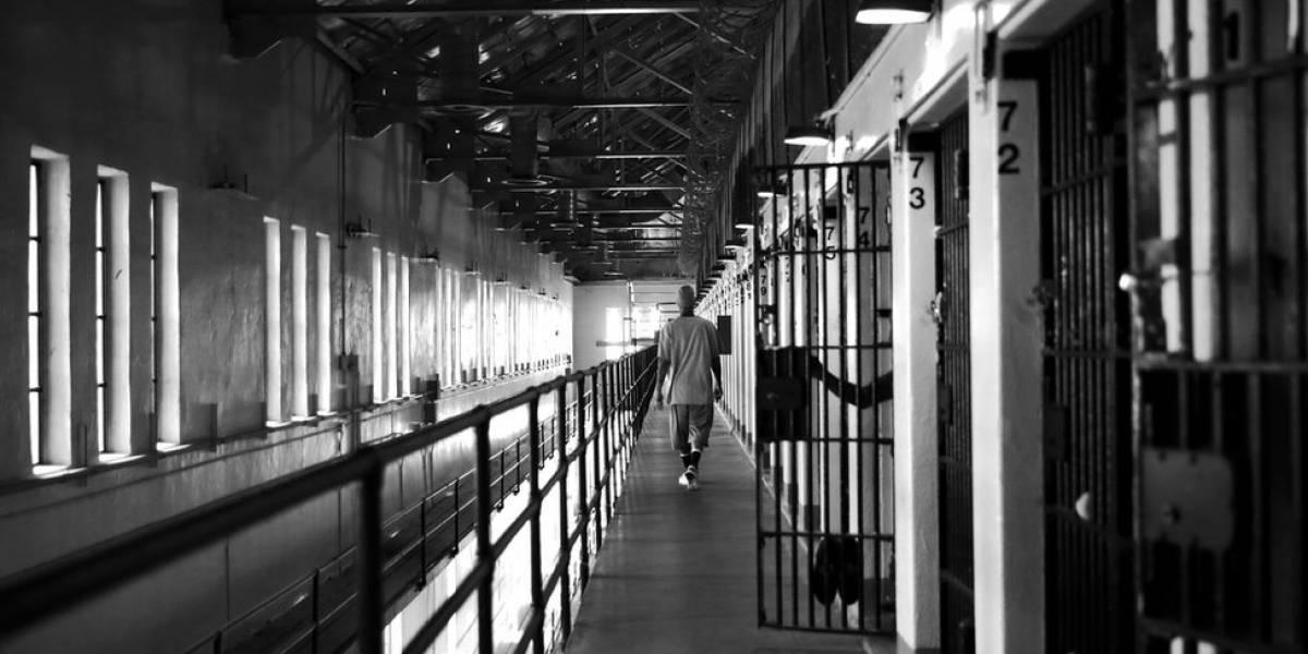 Envían a la cárcel a policía acusado de feminicidio