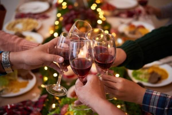 La agencia también quiere fomentar que la familia comparta durante las fiestas.