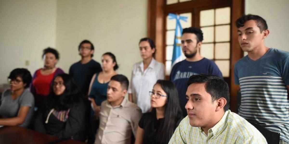 Asociaciones estudiantiles expresan respaldo al procurador de los Derechos Humanos