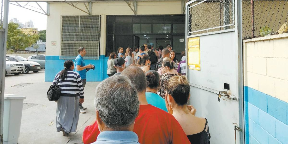 Maiores de 50 anos poderão tomar vacina da gripe em São Paulo