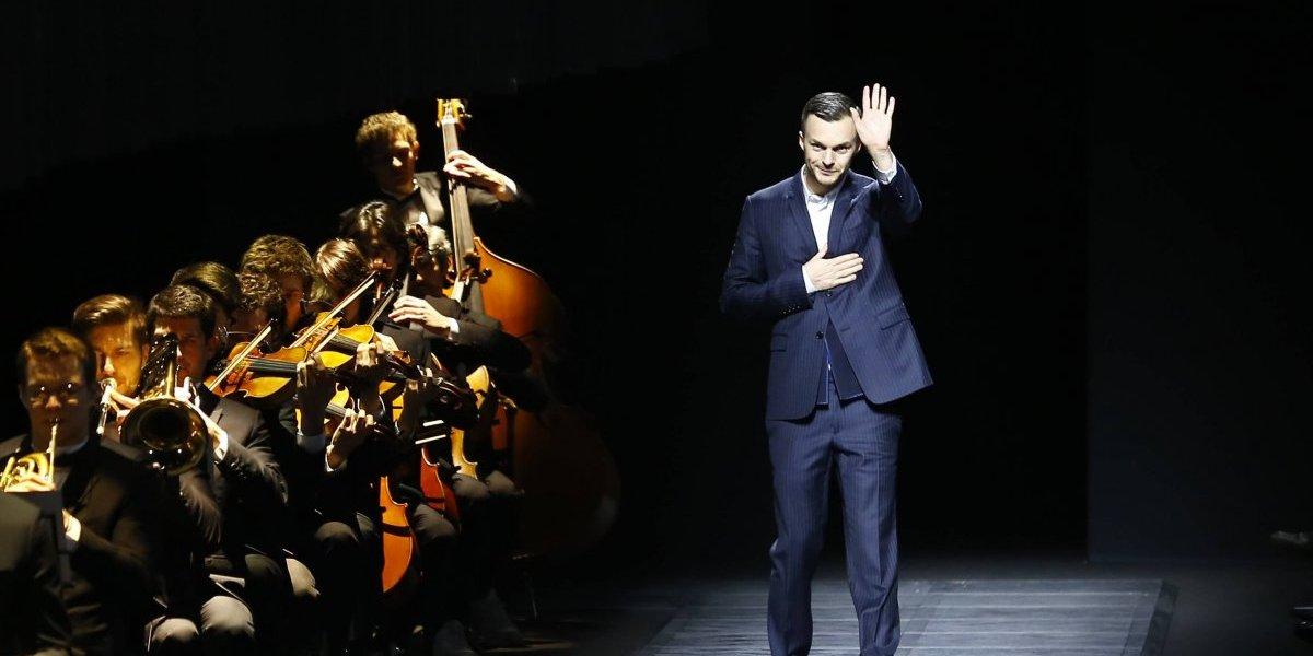 Diseñador de Dior deja la casa tras 11 años