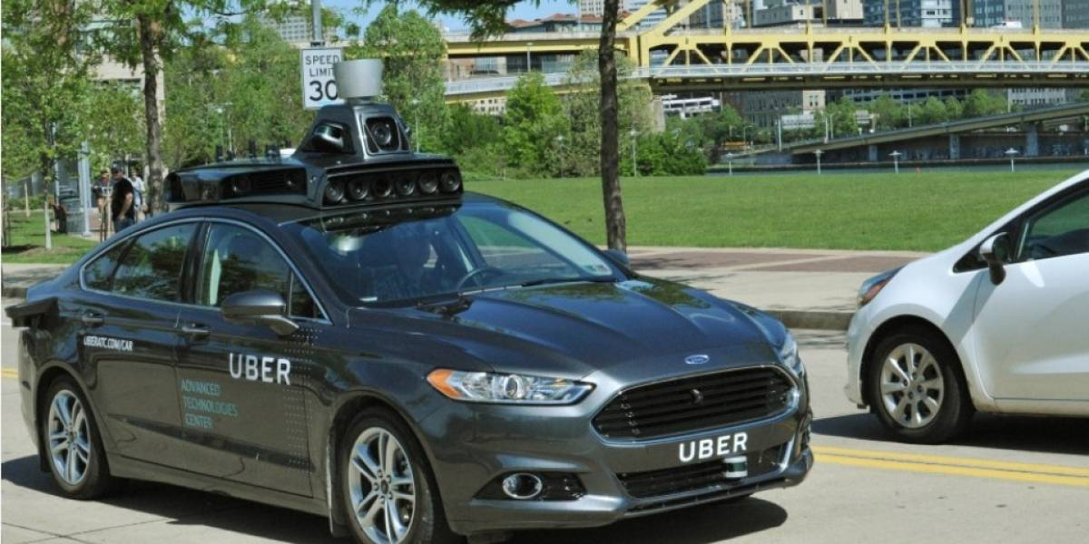 Uber que se conduce solo atropella a una mujer y la mata