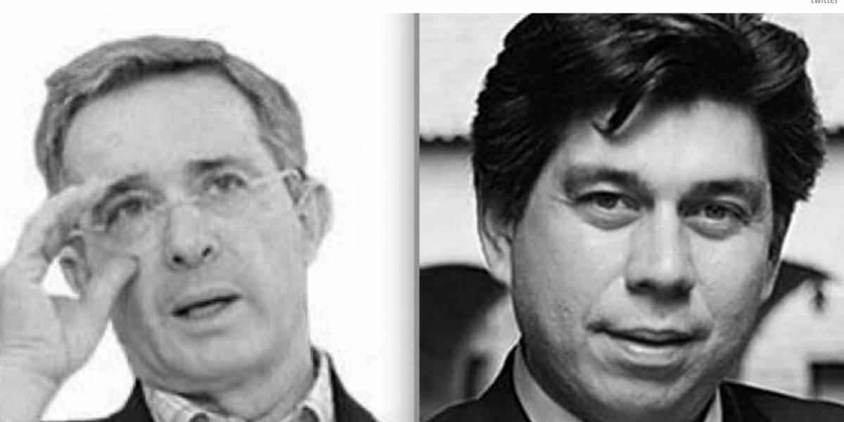 El trino de Uribe contra Daniel Coronell que parece una amenaza a libertad de prensa