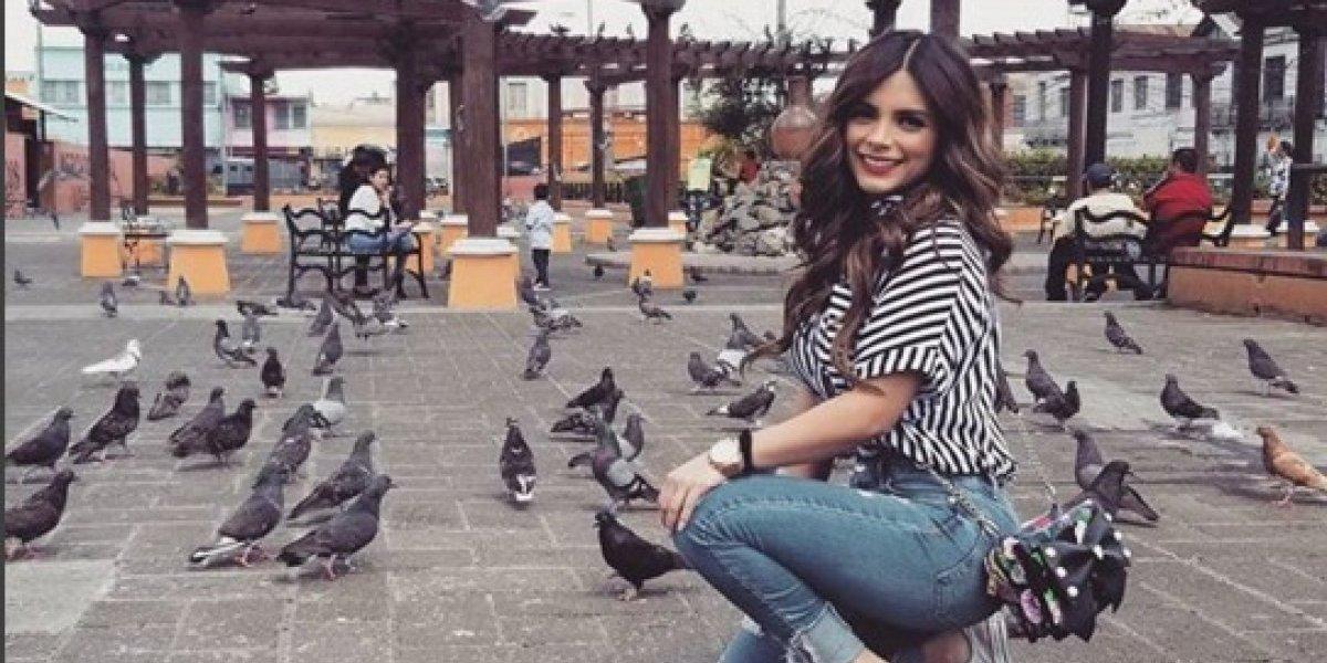 La presentadora Sandy Méndez enciende las redes al mostrar sus atributos en bikini