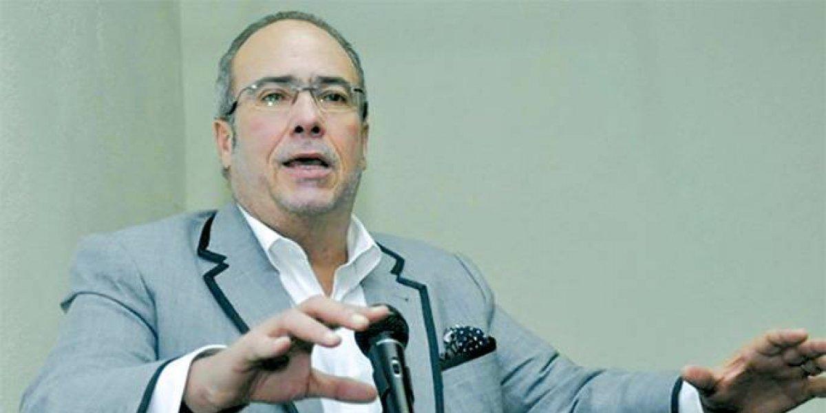 Instan a funcionarios renunciar a cargos si aspiran a presidencia