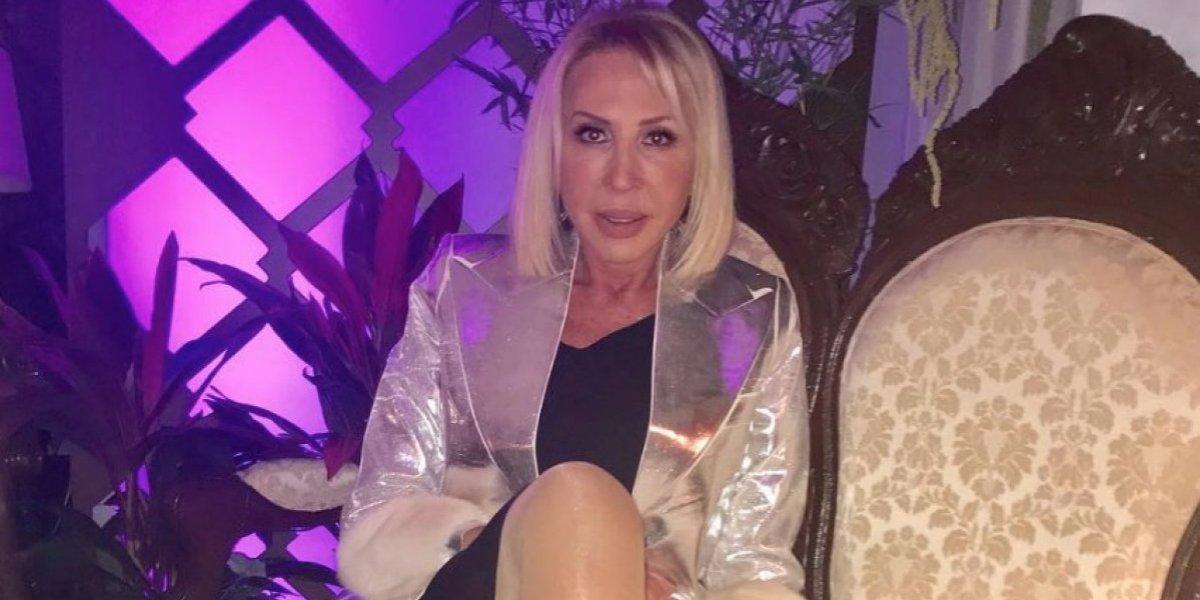 Laura Bozzo reaparece en sexy traje de baño