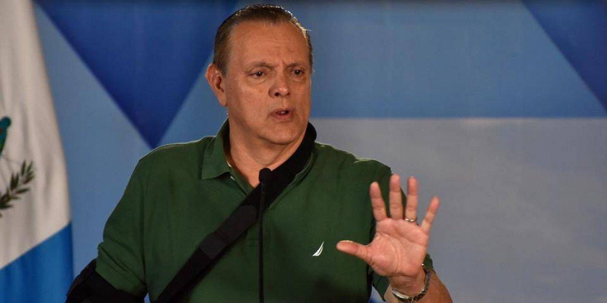 "Ministro de Salud a vocero de médicos: ""Usted mejor dedíquese a quitar muelas"""