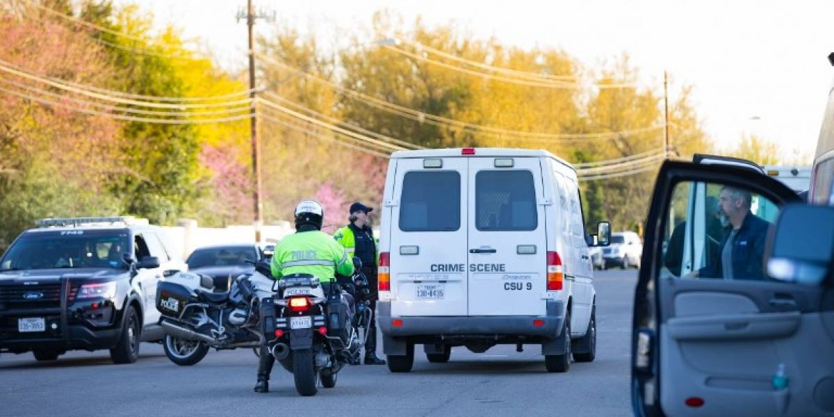Dos heridos pornueva explosión de paquete bomba en Texas