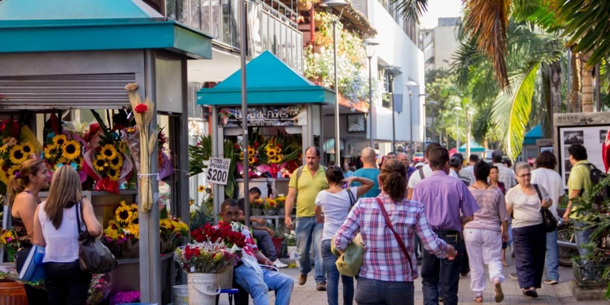 Inicia el embellecimiento del tradicional Paseo Junín en el centro de Medellín