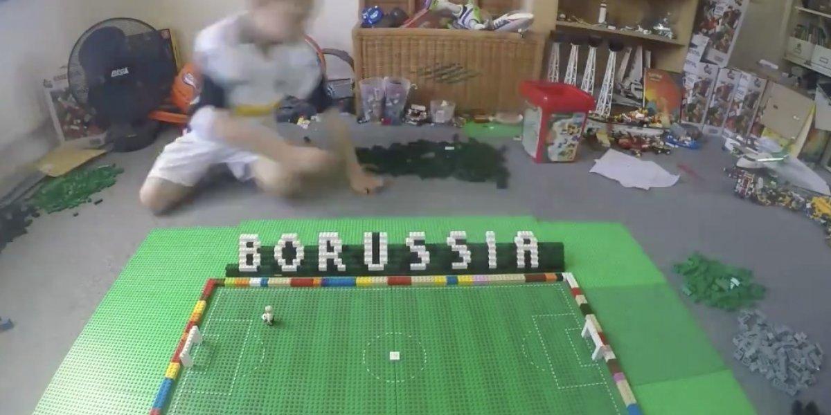 VIDEO: Niño construye el estadio del Moenchengladbach en lego