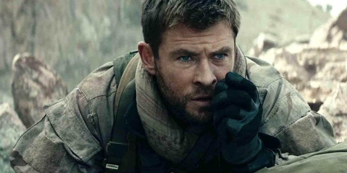 Chris Hemsworth fala sobre como foi viver soldado americano em 12 Heróis