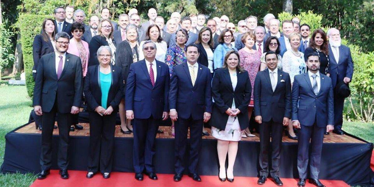 Embajadores de Guatemala en el exterior comparten experiencias en seminario