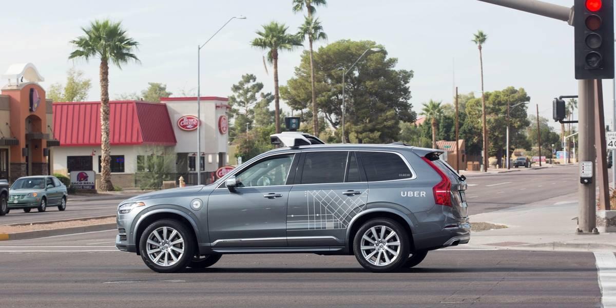 Mulher morta após atropelamento 'surgiu' em frente de carro autônomo do Uber