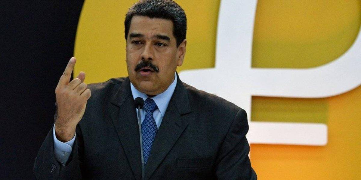 Maduro decreta tres días no laborables