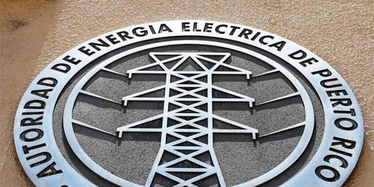 AEE atiende falla que mantiene a sectores de San Juan, Carolina y Trujillo Alto sin servicio
