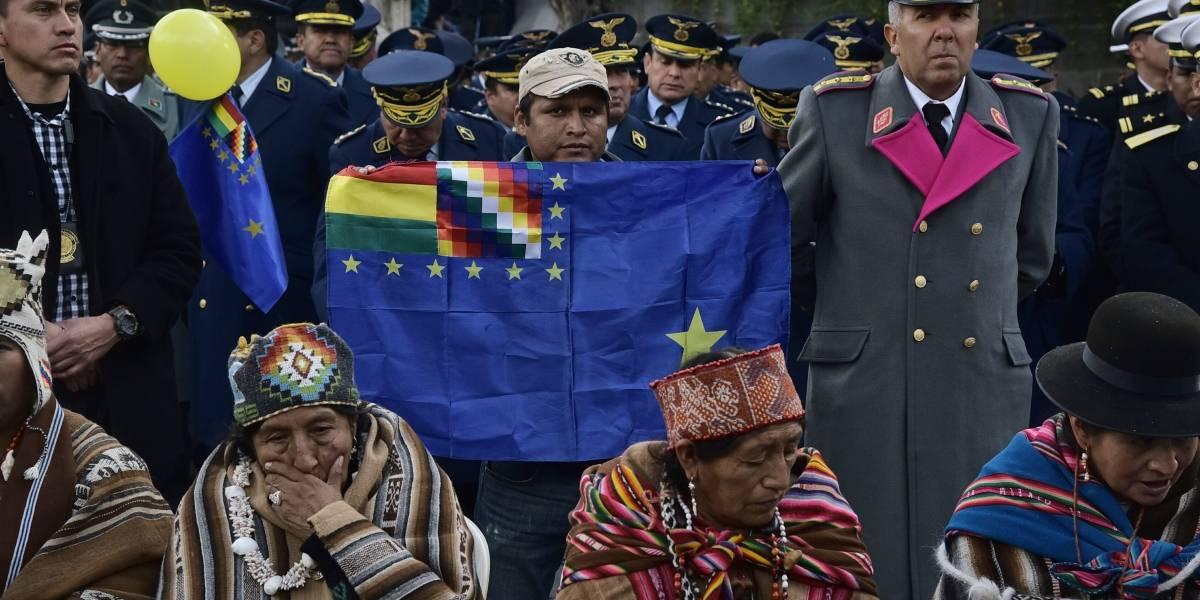 """La Armada boliviana anuncia una marcha denominada """"marea azul"""" en medio de los alegatos de La Haya"""