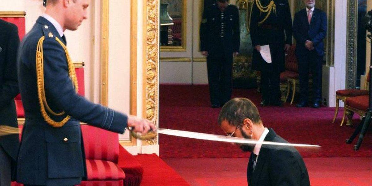 Ex Beatle Ringo Starr es hecho caballero