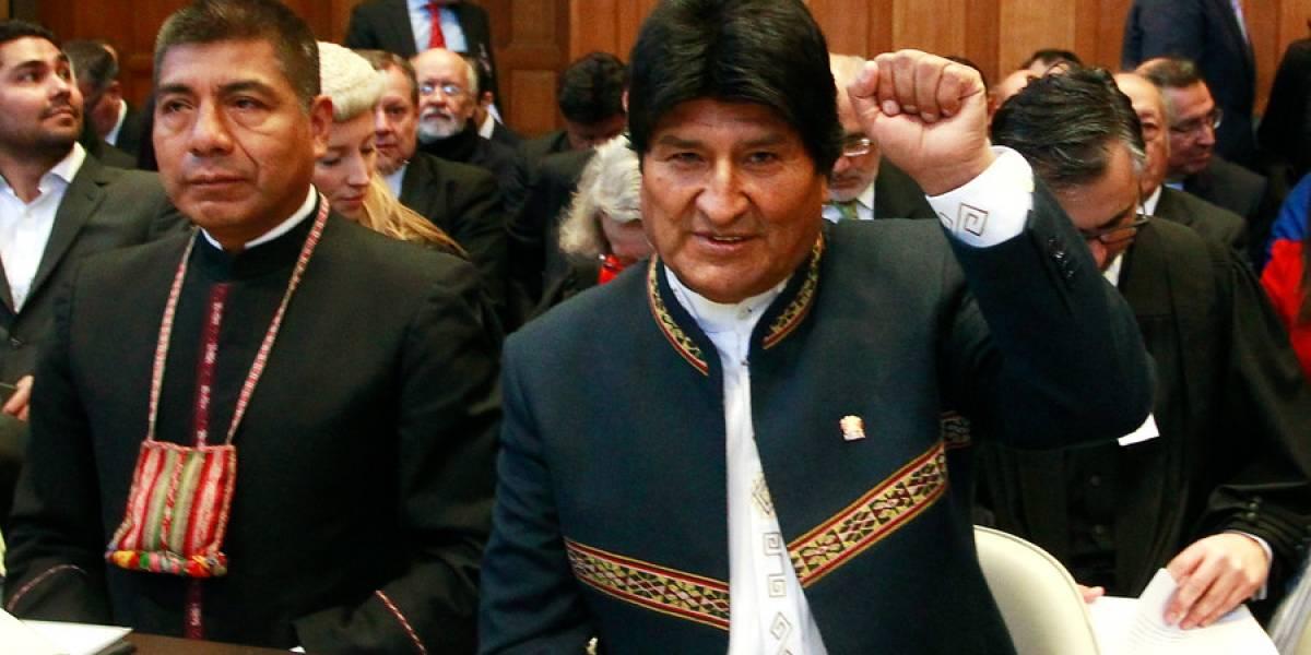 Evo Morales se sube el sueldo y lo justifican como un beneficio que llegará a los profesionales