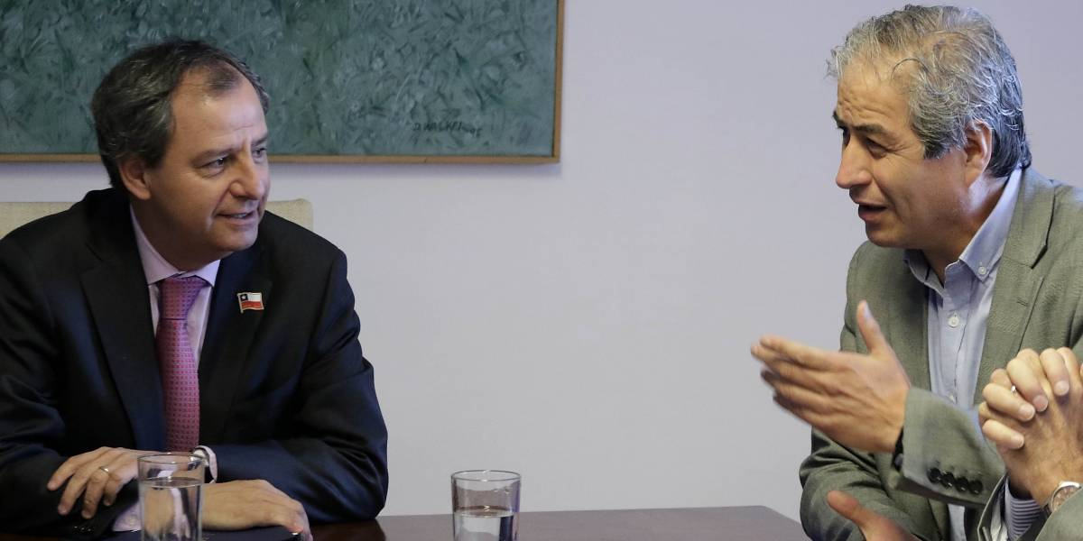 """Presidente del Colegio de Profesores tras primera reunión con ministro de Educación: """"movilizarse es un derecho constitucional"""""""