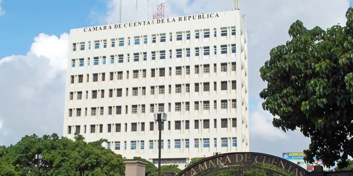 PC pide juicio contra los miembros de la Cámara de Cuentas por aumento salarial