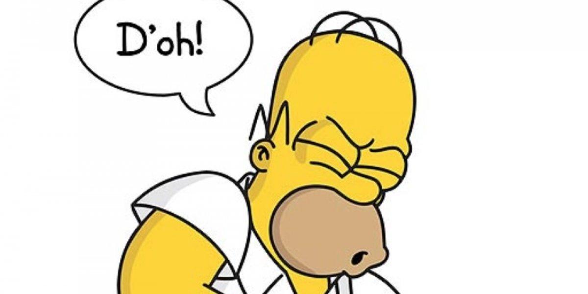 ¡D'oh! Conductor intenta eludir control policial mostrando una licencia de Homero Simpson