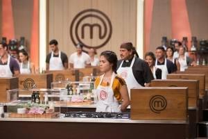 https://www.metrojornal.com.br/cultura/2018/03/20/masterchef-cozinheiros-enfrentam-primeira-caixa-misteriosa.html