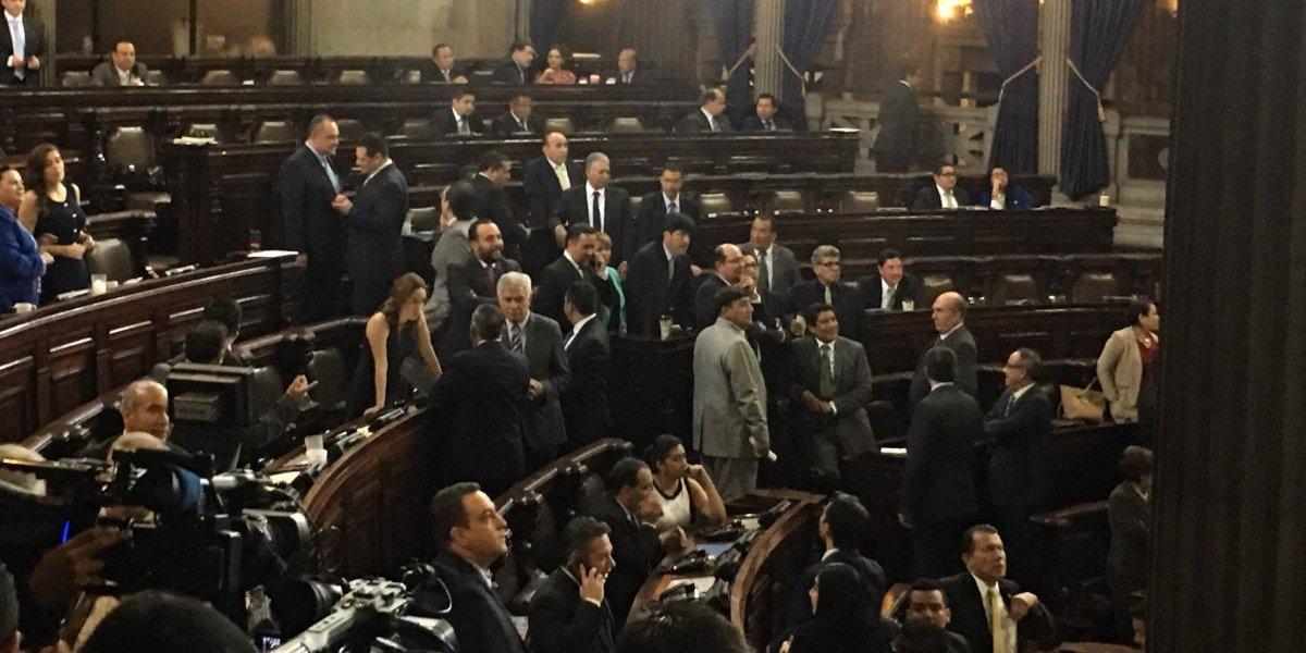 Congreso se declara en sesión permanente por iniciativa que busca revertir suspensión