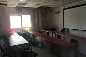 Imágenes de los interiores de la Escuela de Comunicación tras el paso del huracán María. / Fotos suministradas por la Escuela de Comunicación
