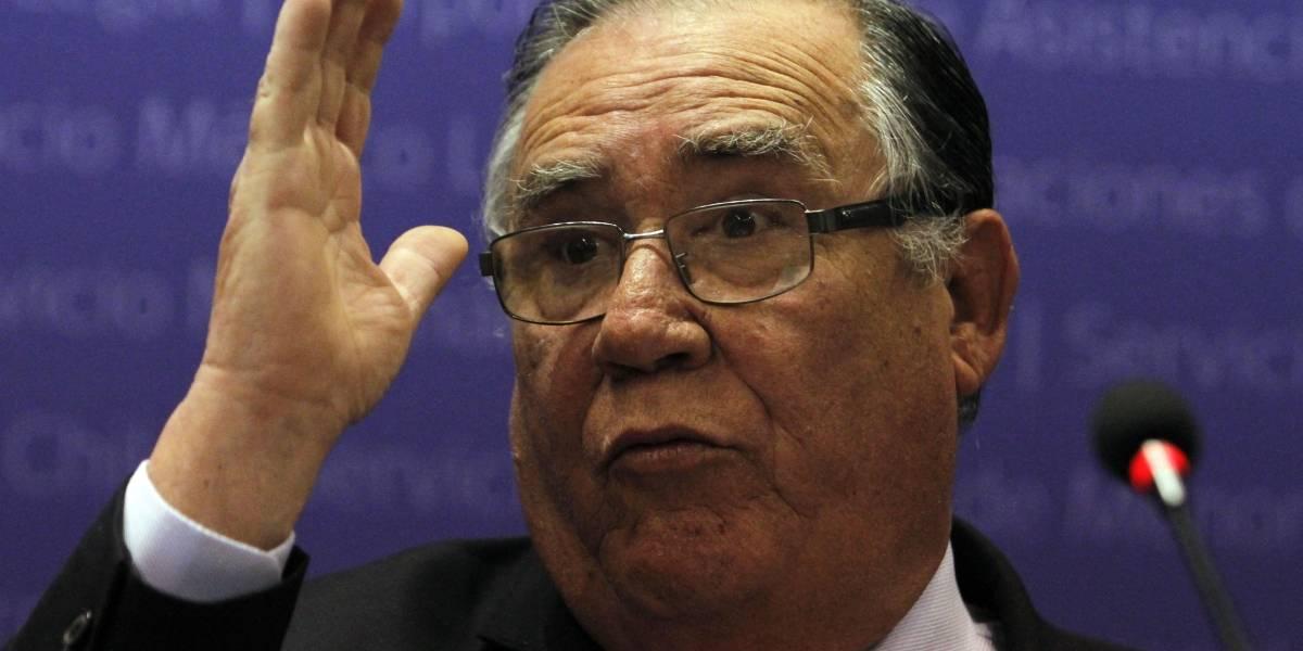 Ex ministro Campos defiende su lealtad a Bachelet tras polémica por negarse a firmar decreto que cerraba Punta Peuco