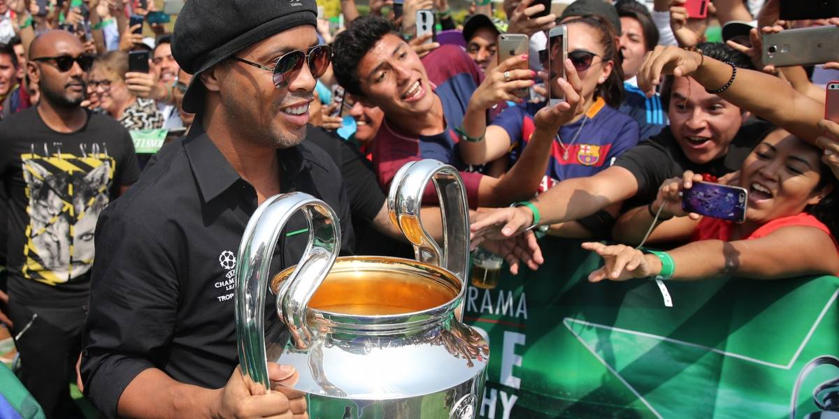 ¡Ya se destapó! Ronaldinho también va para un puesto político