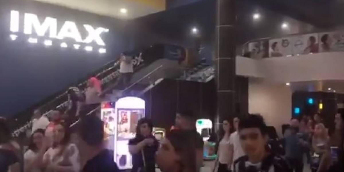Desalojan a mil 200 personas en cine de Monterrey por una falsa alarma