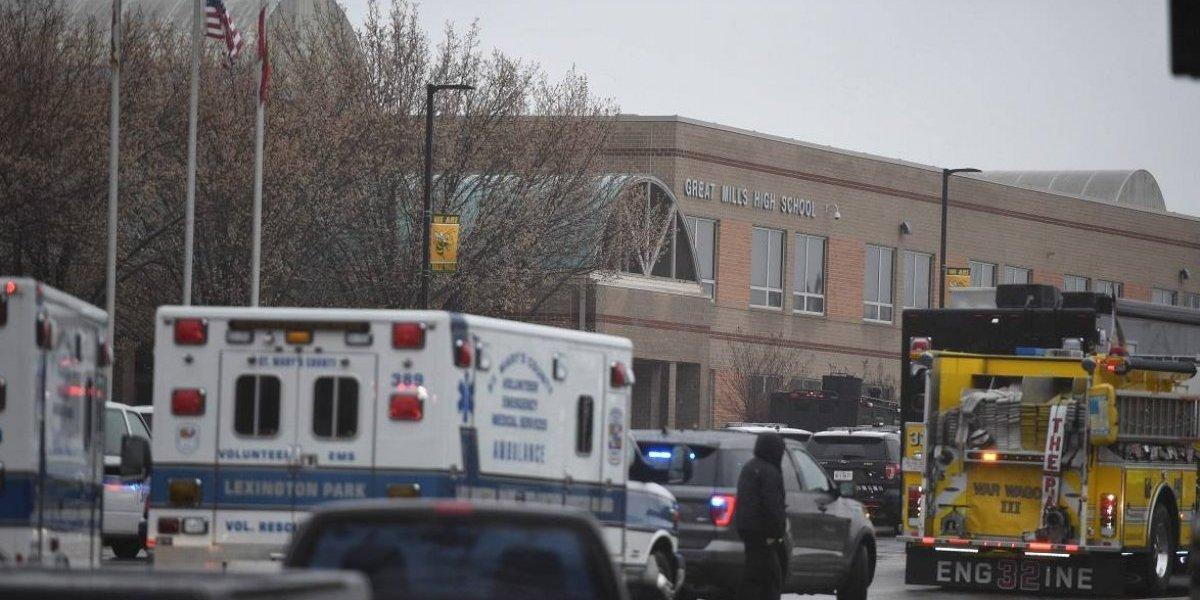 Tres heridos tras tiroteo en una escuela secundaria de Maryland