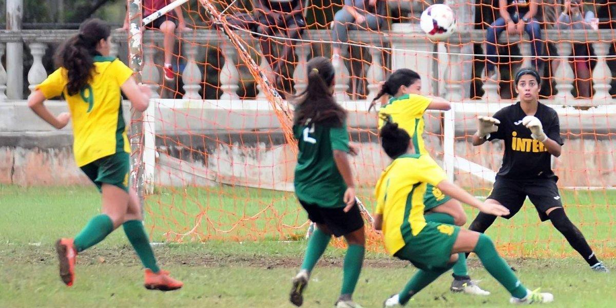 Juanas del Colegio arrancan con victoria en torneo de fútbol