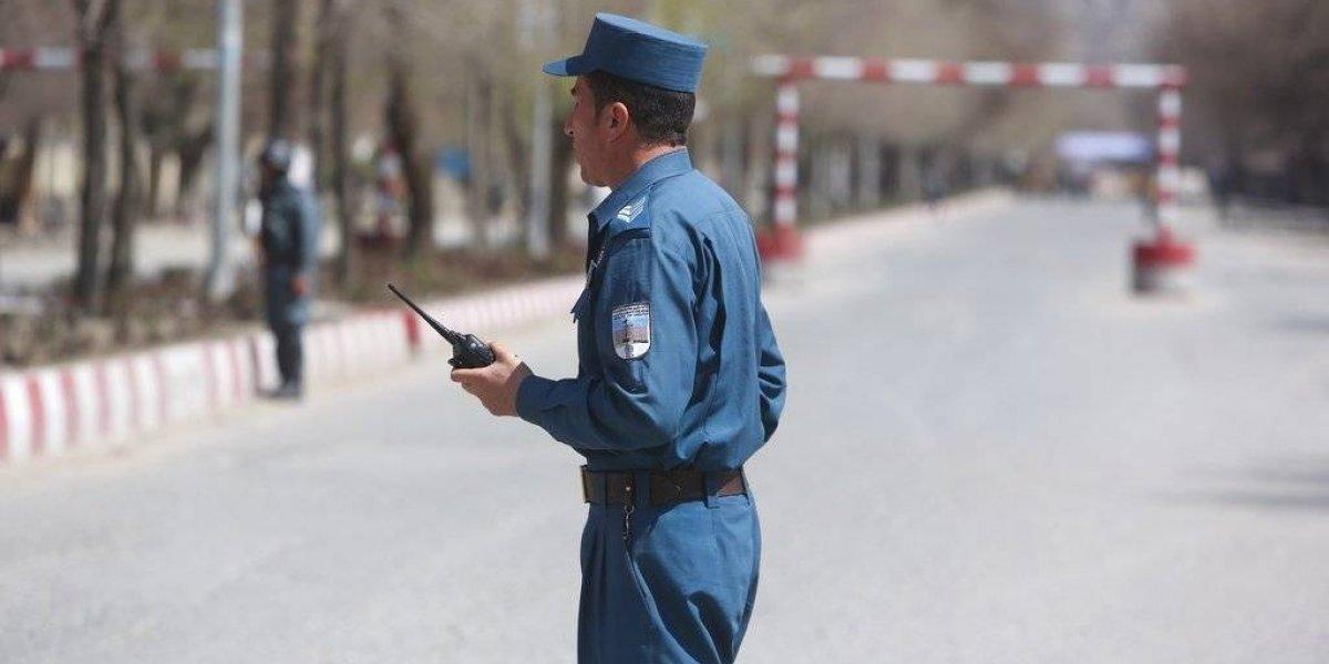 Ataque suicida deja más de 20 muertos en Kabul