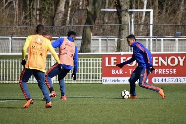 Selección Colombia entrenó con grupo completo