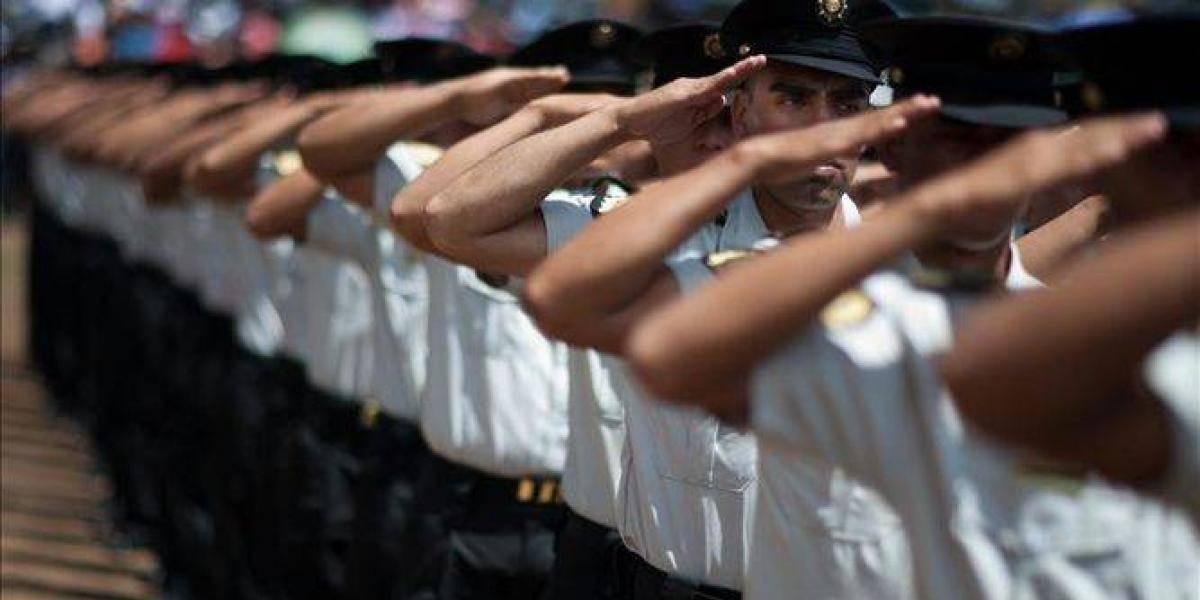 Relevan de sus cargos a cuatro altos mandos de la PNC