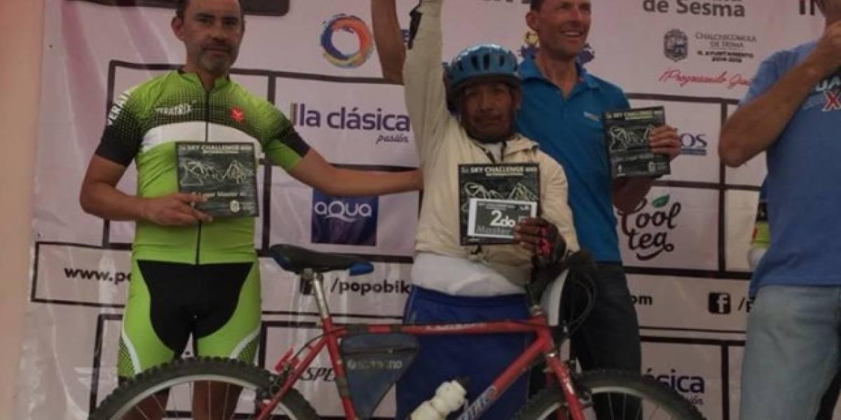 Don Maximiliano, el mexicano que conquistó podio con una bici oxidada